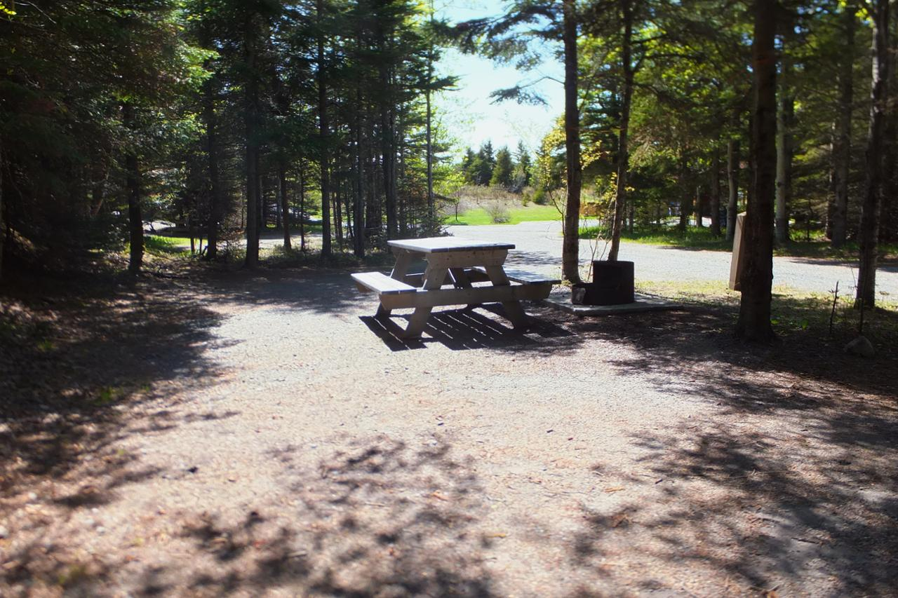 Rioux 14 camping parc national du bic s paq for Camping bic